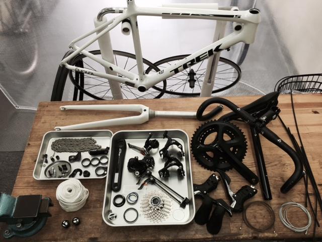自転車分解作業